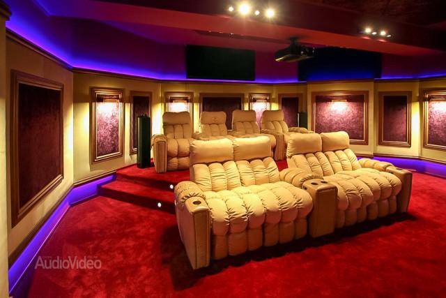 Mẫu phòng chiếu phim gia đình cao cấp - hình 4