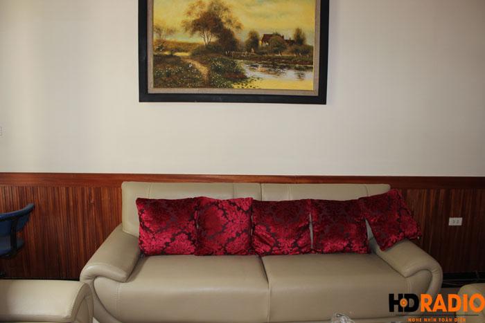 Biến phòng khách thành phòng chiếu phim gia đình A Dũng Biệt Thự Cầu Tó - Hà Nội - Hình 8