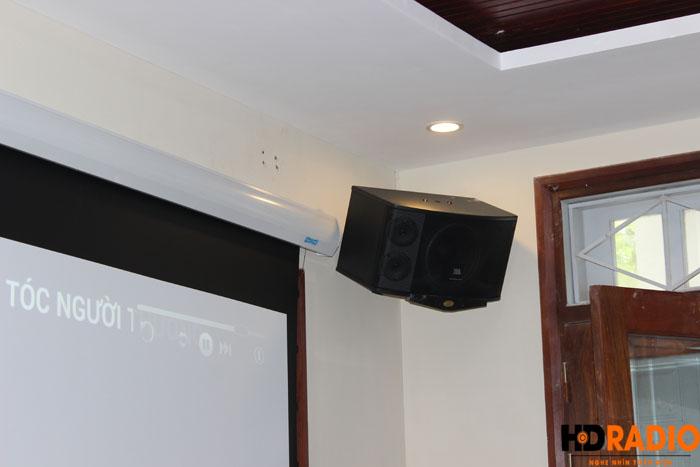 Biến phòng khách thành phòng chiếu phim gia đình A Dũng Biệt Thự Cầu Tó - Hà Nội - Hình 10