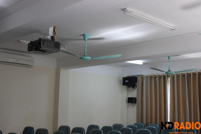 Phòng chiếu phim kết hợp làm hội trường công ty - Hình 11