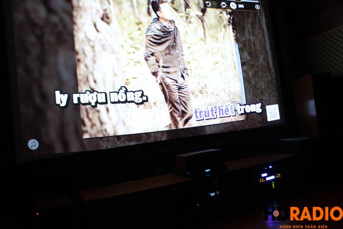 Hát karaoke với màn hình lên tới 140inch - Hình 3
