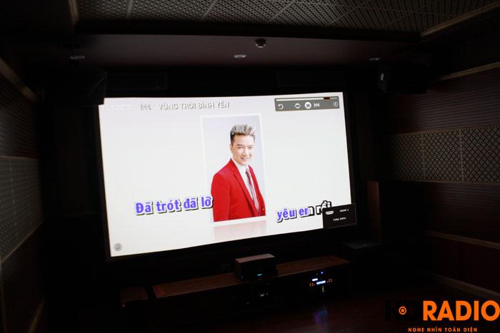 Hát karaoke với màn hình lên tới 140inch - Hình 4