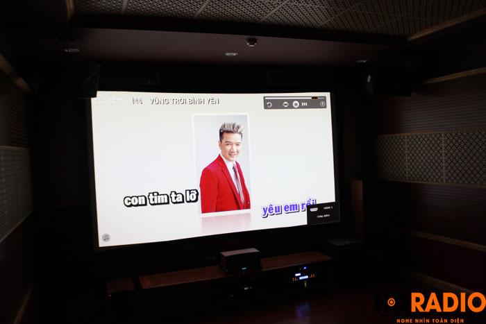 Hát karaoke với màn hình lên tới 140inch - Hình 5