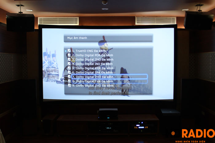 Hát karaoke với màn hình lên tới 140inch - Hình 6