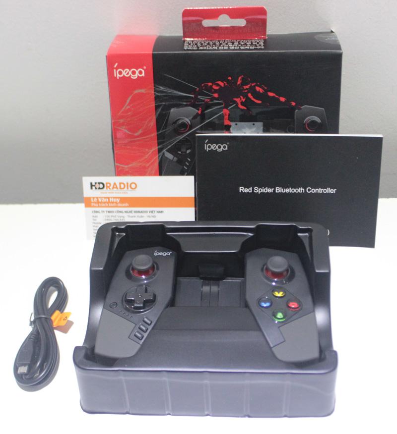 Tay cầm chơi game bluetooth IPEGA PG-9055 Red Spider được đóng rất cẩn thận