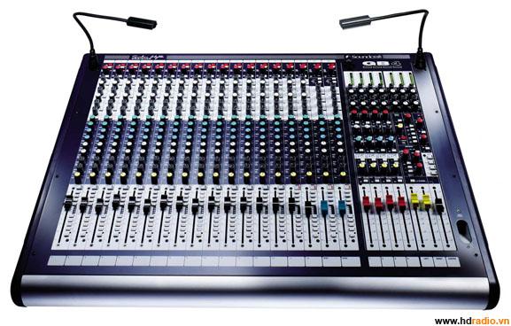 Mixer SOUNDCRAFT GB4/16