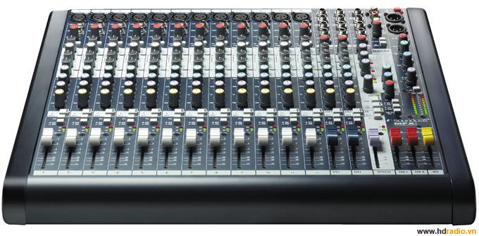 Mixer SOUNDCRAFT MFXi12