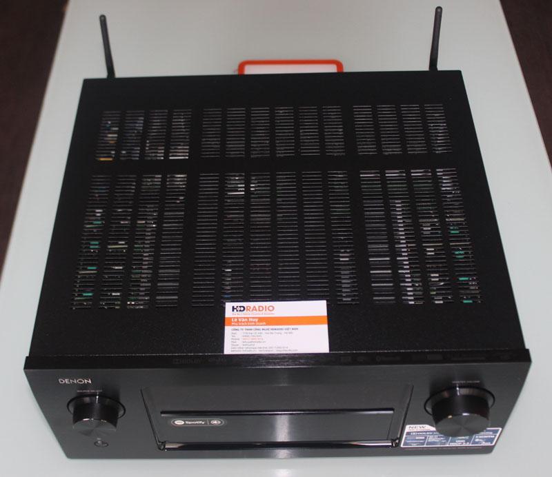 Mặt trên Amply Denon AVR-X7200WA