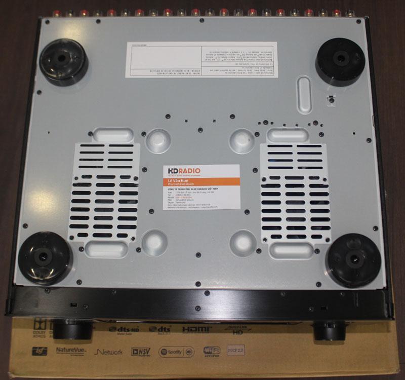 Dưới dáy Amply Denon AVR-X7200WA