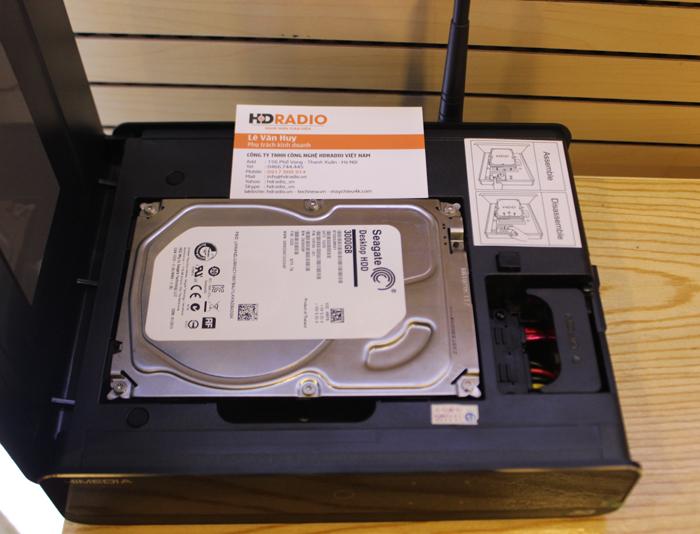 Himedia Q10IV và ổ cứng gắn trong 3TB