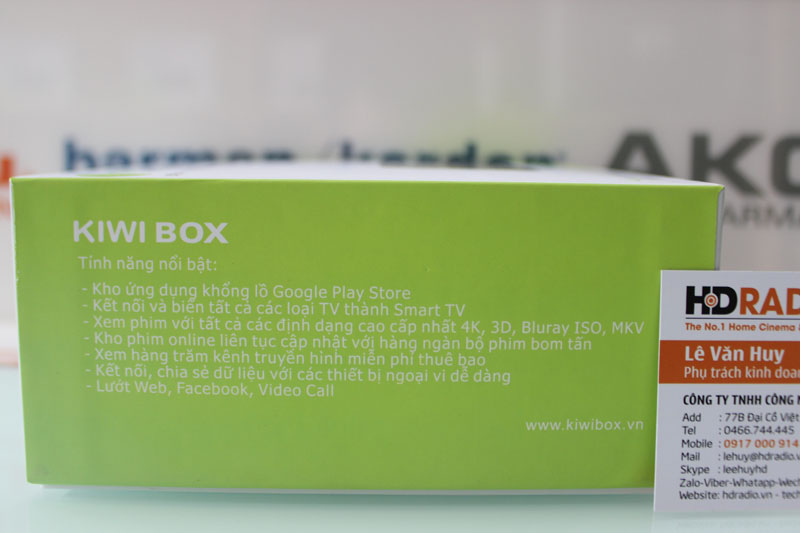 Cạnh phải hộp TV Box Kiwibox S3 Plus