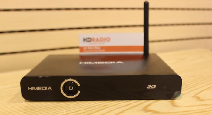 HiMedia Q3 IVđược thiết kế vỏ nhôm Aluminum sang trọng, tản nhiệt rất tốt, kiểu dáng bắt mắt, với Anten wifi giúp cải thiện chất lượng wifi đáng kể cho box