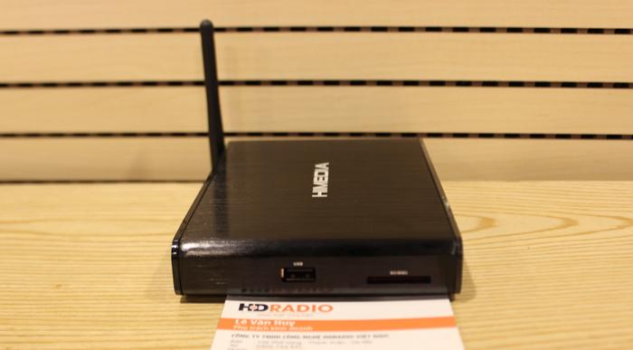 HiMedia Q3 IVhỗ trợ thẻ nhớ SD lên tới 32G