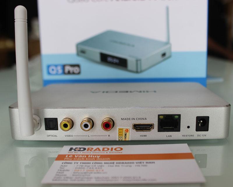 Mặt sau HiMedia Q5 Pro gồm có: 1 HDMI + 1 AV + 1 LAN + 1 Nguồn + 1 Optical