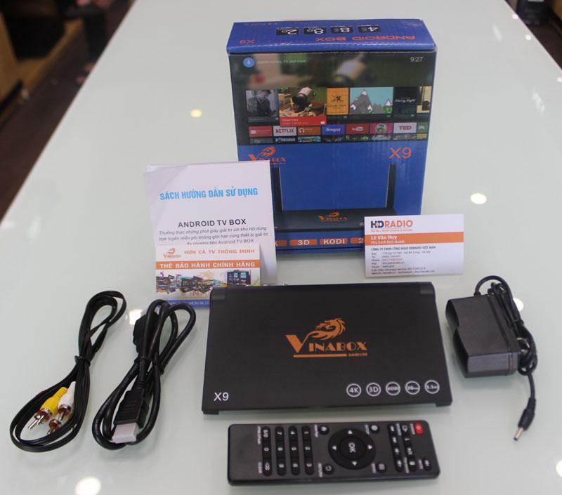 Trọn bộ phụ kiện Vinabox X9 gồm có: Nguồn + Điều khiển + Cáp HDMI + Cáp AV