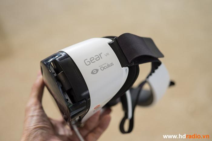 Đánh giá chi tiết Kính thực tế ảo Samsung gear vr - Note 4