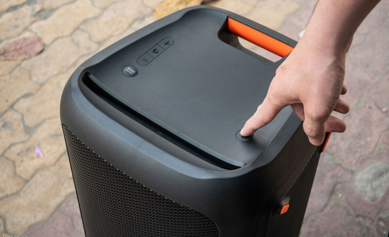 loa bluetooth đổi màu JBL Party Box