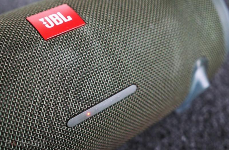 thay pin cho loa bluetooth đơn giản nhất