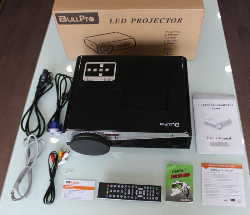 Trọn bộ Máy chiếu BullPro BP600A gồm có: Nguồn + Điều khiển + Cáp VGA + Cáp AV + Hướng dẫn sử dụng.
