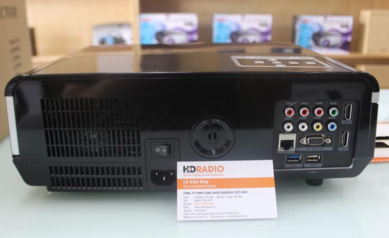 Mặt sau Máy chiếu BullPro BP600A với đầy đủ các cổng kết nối.