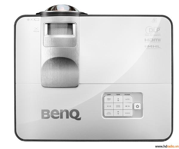 Máy chiếu 3D BenQ 824ST