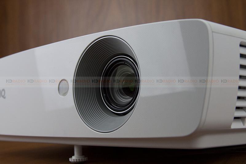 máy chiếu BenQ TH683 chính hãng