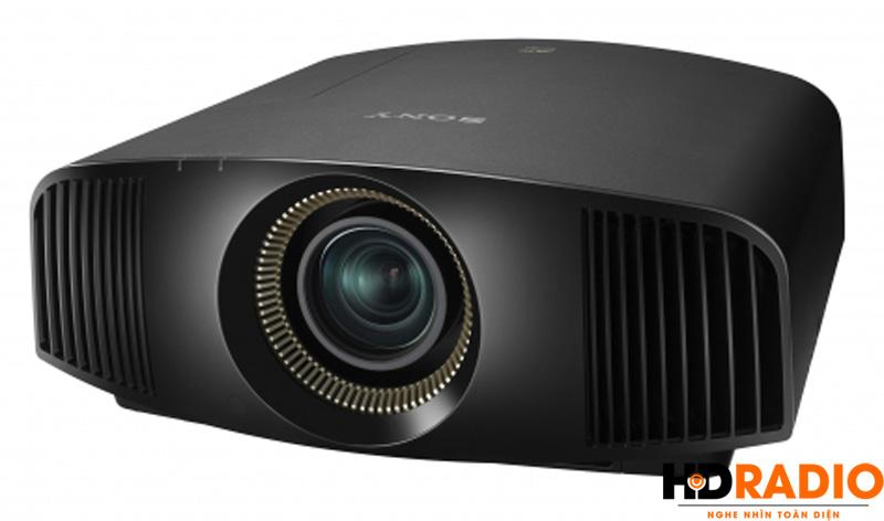 Góc tráiMáy chiếu 4K Sony VPL-VW320ES - Màu đen