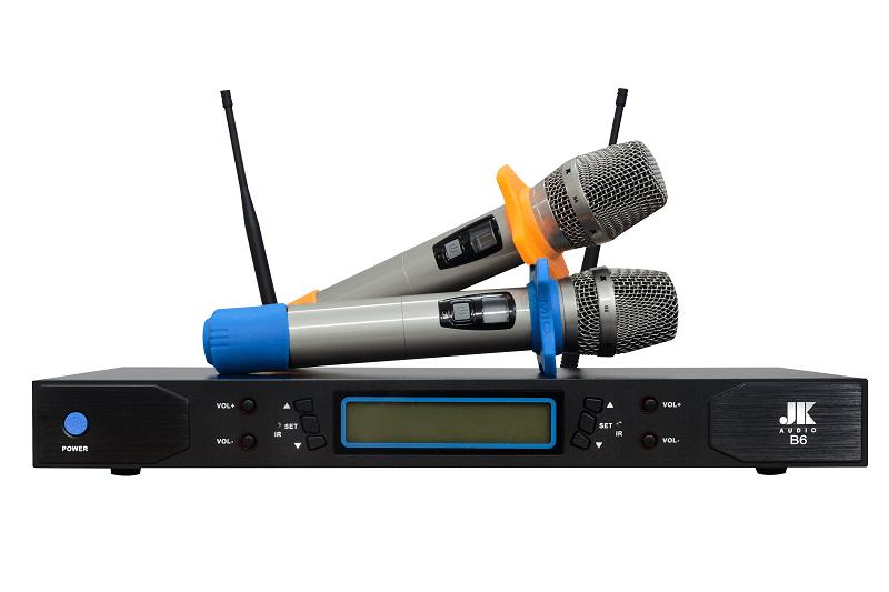 mua-micro-hat-karaoke-hang-chinh-hang-gia-re