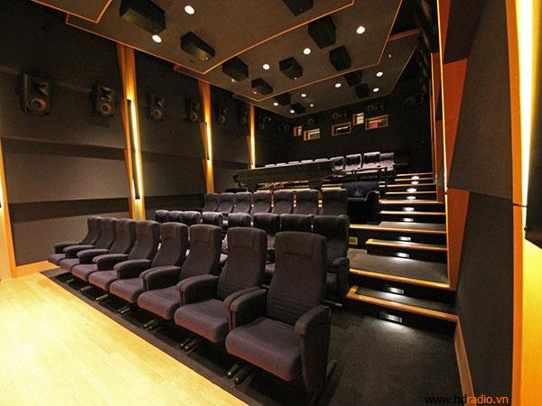 Phòng đemo này giống như một rạp hát thu nhỏ.