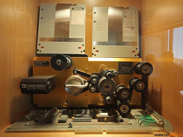 Một số thiết bị đến từ quá khứ.